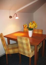 Tisch 4